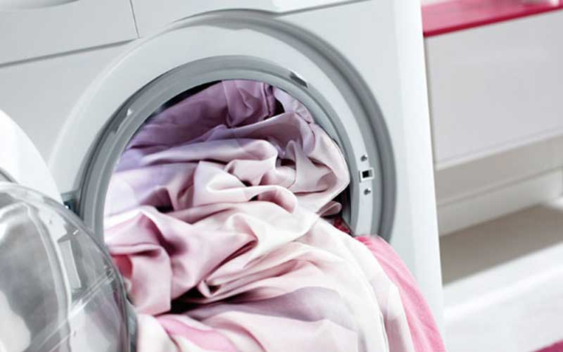 How to Wash Silk in the Washing Machine